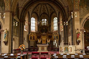Trinitatis Pfarrkirche, Weißenthurm